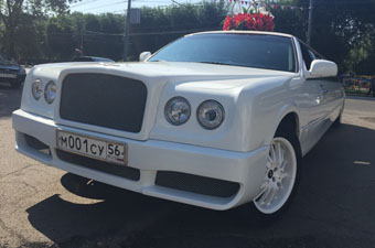 лимузин Exotics Hot Bentley Conversion